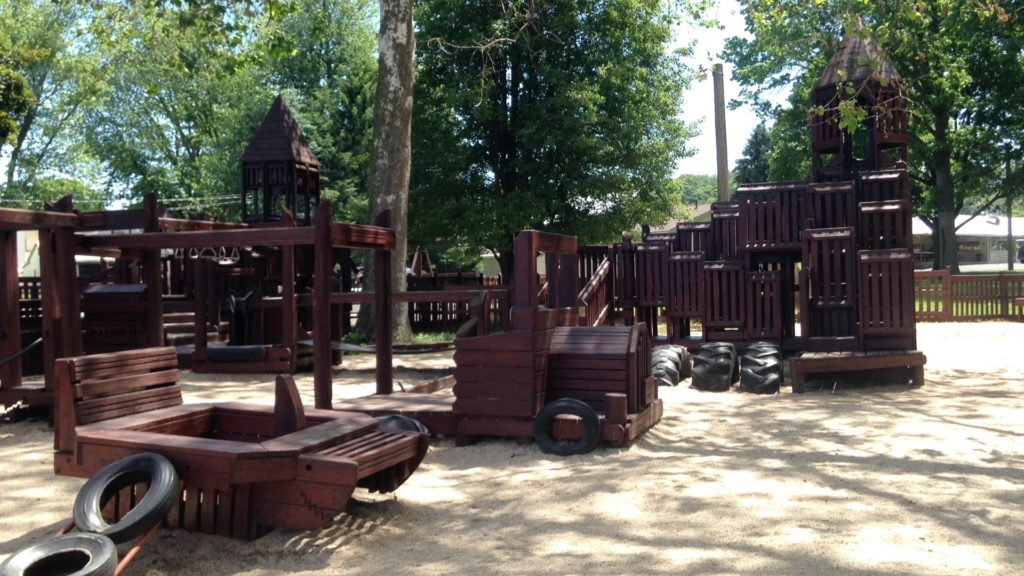 reamstown playground wooden park