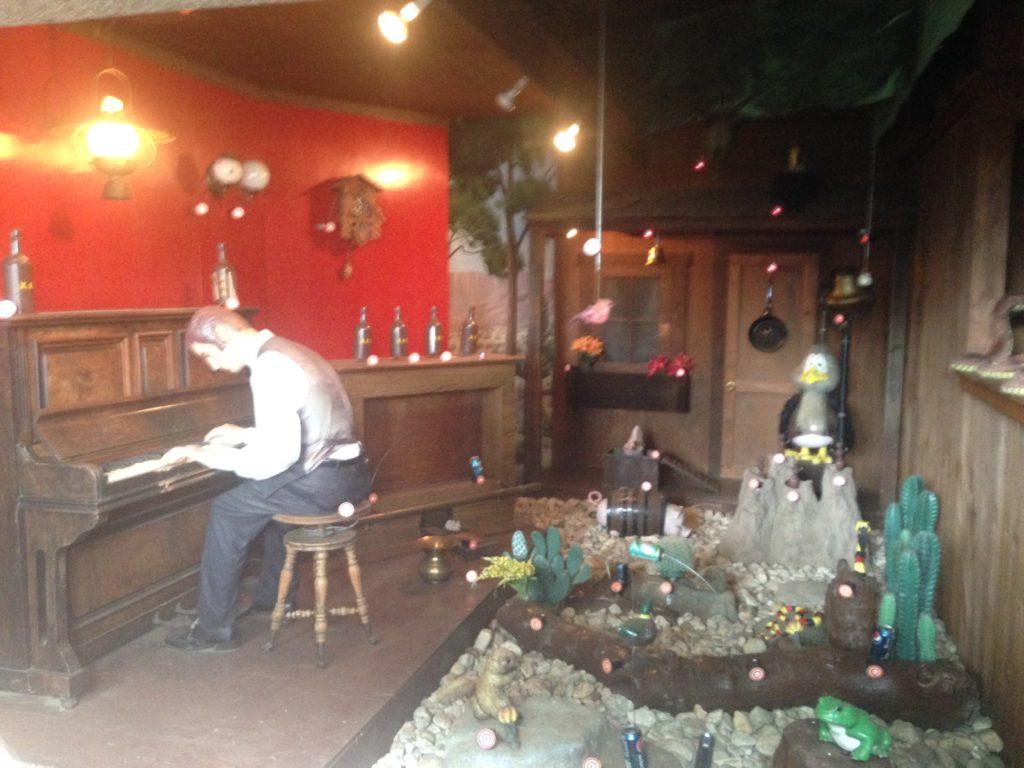shooting range piano room at dutch wonderland