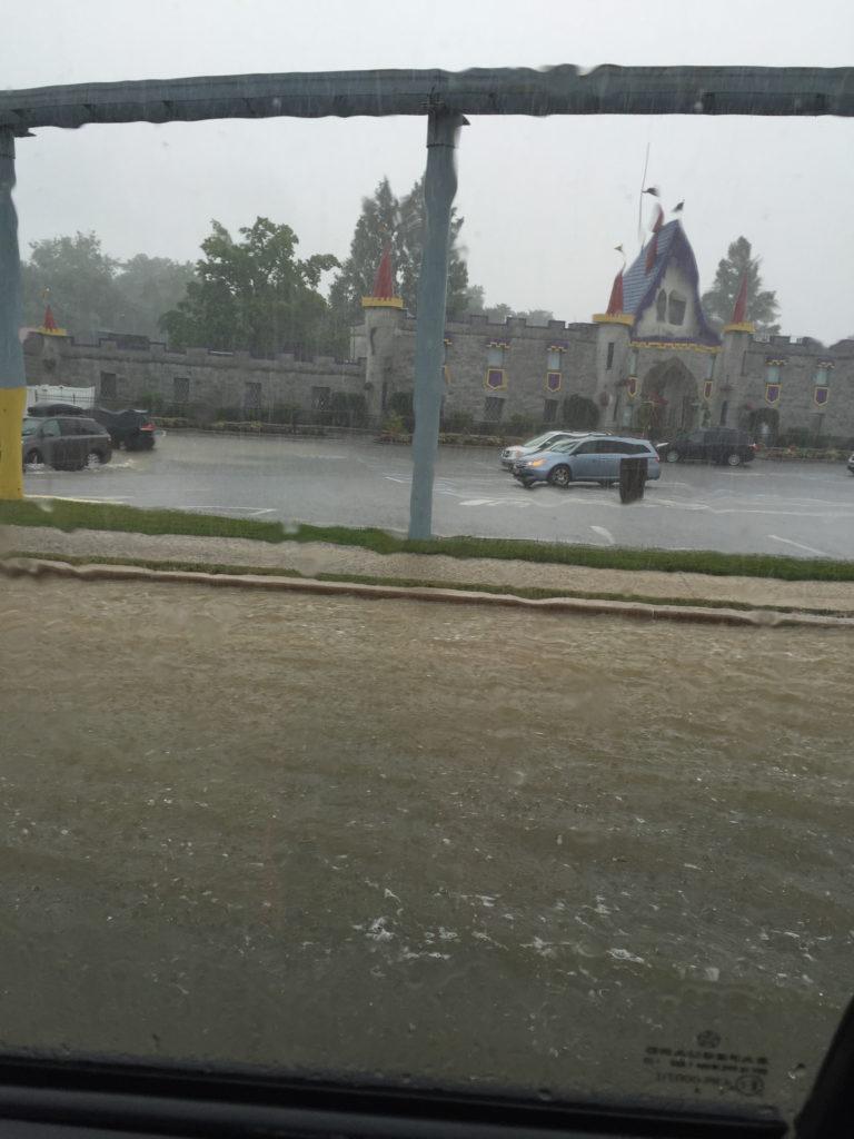 dutch wonderland terrential downpours flash flood