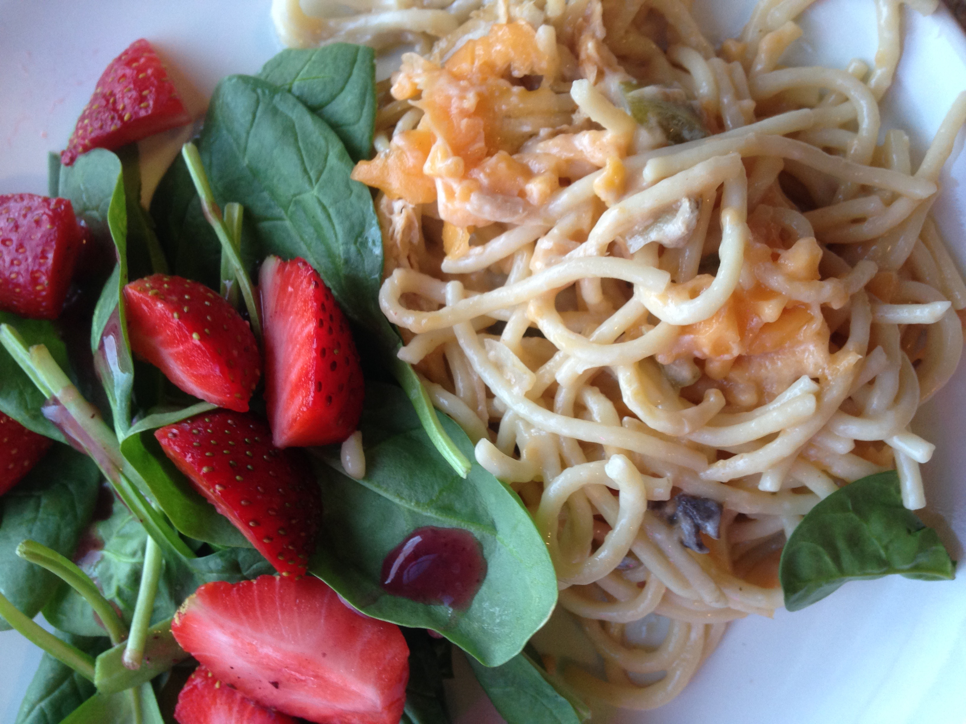 Chickenetti with Strawberry Spinach Salad